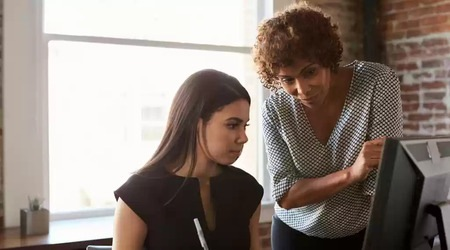 having conversations that matter help when working with a new boss - brightedge
